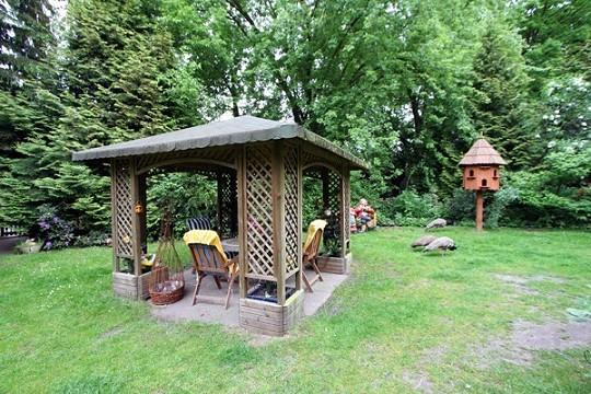 kleiner pavillon bestseller shop. Black Bedroom Furniture Sets. Home Design Ideas